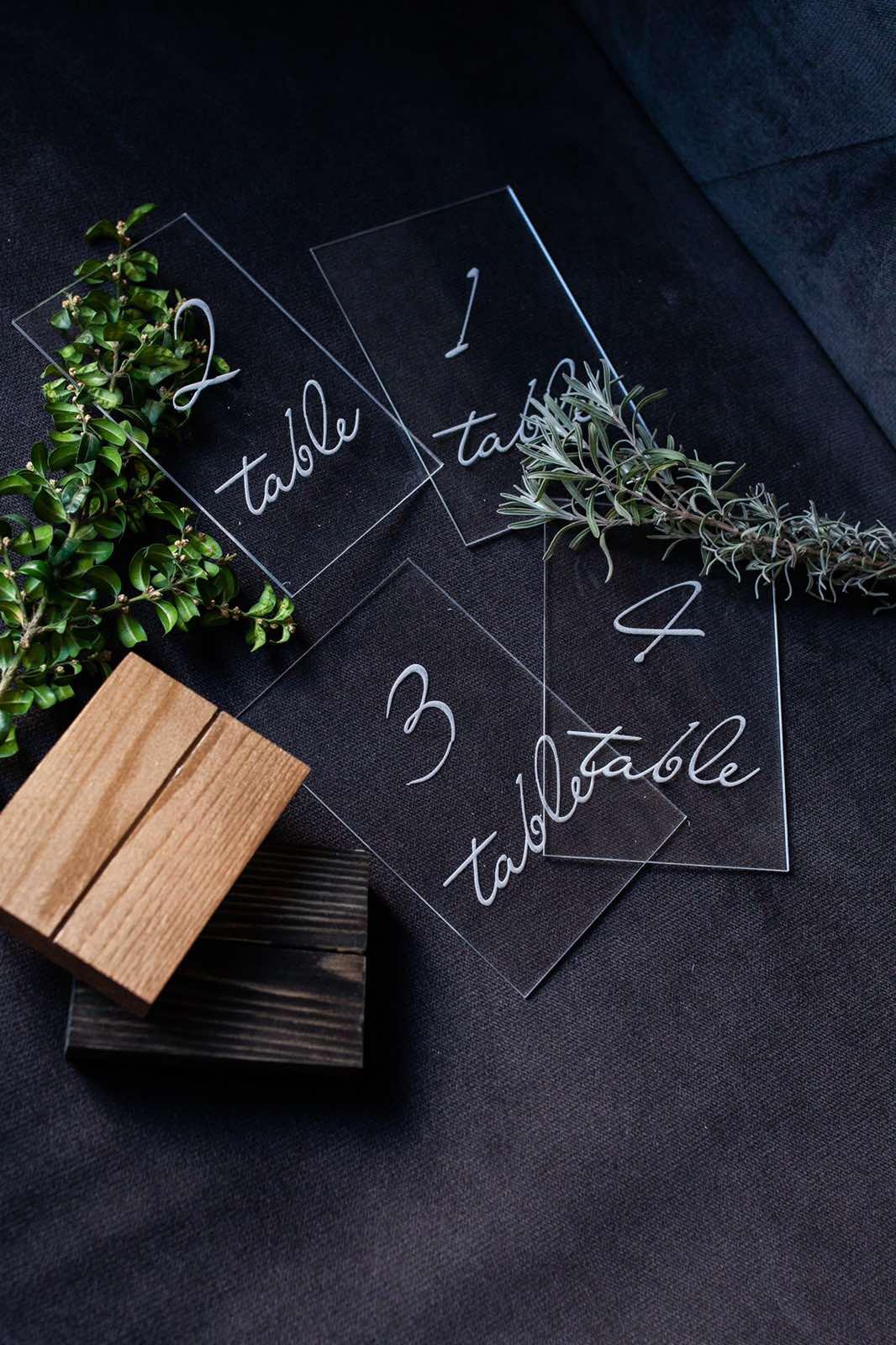 Номерки на свадебный стол Изображения